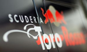 Video: Toro Rosso STR10 on track