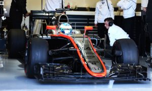 Alonso unfazed by McLaren woes