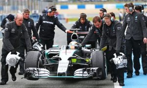 Hamilton wants improved Mercedes reliability