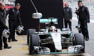 Mercedes hits MGU-K trouble