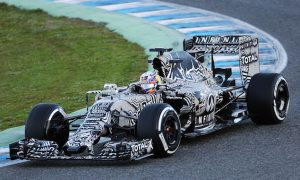 Red Bull RB11 breaks cover