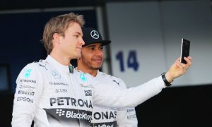 Mercedes to stick with open warfare for drivers