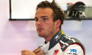 Van der Garde wins case over Sauber seat