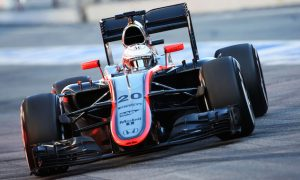 Magnussen: 'Difficult' to race in Australia