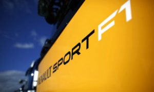 Renault open to Toro Rosso buy-out