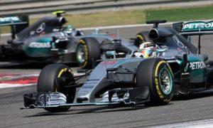 Mercedes considering team orders