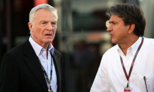Driver salaries 'absurd' - Mosley