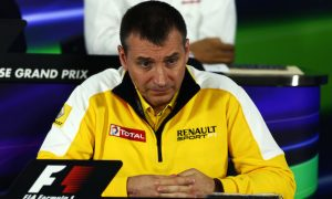F1 'should calm down about tokens' - Renault