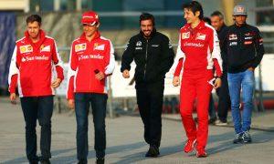Alonso takes dig at Vettel, Ferrari
