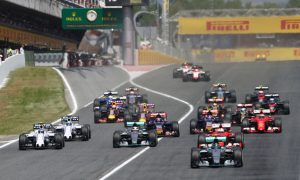 Hamilton in 'damage limitation' after poor start