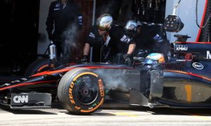 Alonso sidelined by brake failure