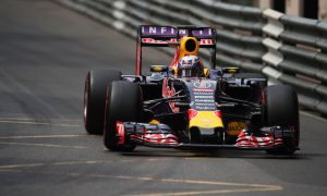 Ricciardo reveals costly engine error