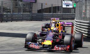 Horner praises drivers after Red Bull team orders