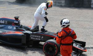 Alonso urges McLaren to focus on reliability