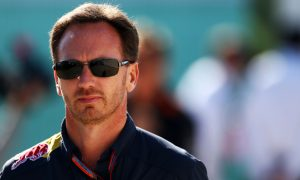 Horner plays down Aston Martin link