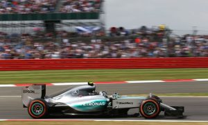 Rosberg troubled by understeer in qualifying