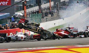 Grosjean goes flying at Spa in 2012