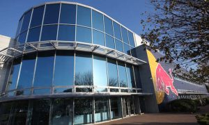 Red Bull trophy thieves jailed