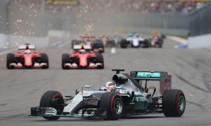 Mercedes boss wants 'real battle' with Ferrari