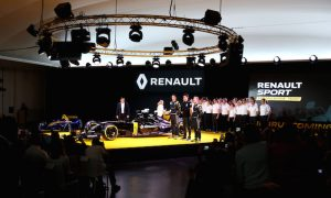 Renault set to play catch-up in 2016 - Chester