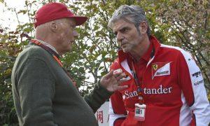 Lauda unimpressed by 'utterly silly' Kvyat