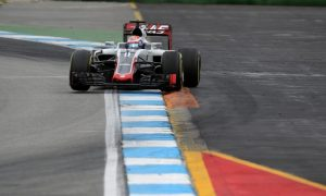 Grosjean in favour of increasing track limits