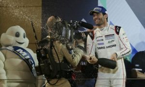 Webber ends racing career with podium finish