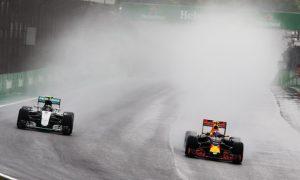 Lauda heaps praise on 'outstanding' Verstappen