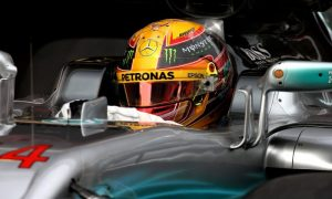 Mercedes and Hamilton the absolute favourites - Horner