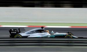 Hamilton calls Ferrari's bluff