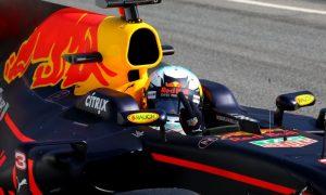 Ricciardo: 'Seb is flying at the moment!'