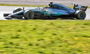 Red Bull, Mercedes wary of Ferrari protest at Melbourne
