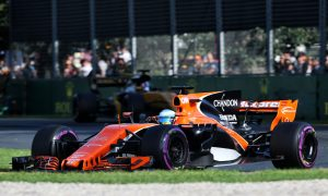 No improvement at 'last place' McLaren, says Alonso
