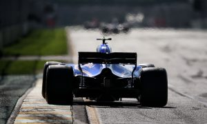 Sauber considering Honda and Mercedes power for 2018