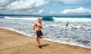 Bottas hits the beach - F1 style