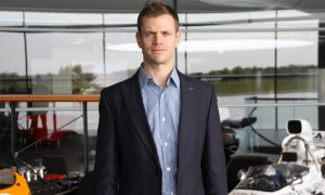 Button's trainer Mike Collier joins McLaren Applied Technologies