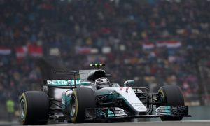 Bottas eager to join rivals in title fight