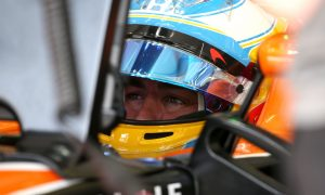 McLaren to send small support crew to Indy for Alonso