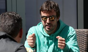 Alonso laments 'unbelievable' straight-line speed