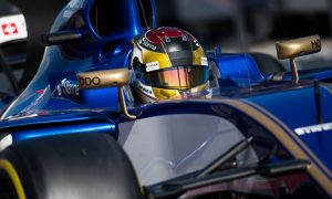 Wehrlein back in action for Sauber on Friday