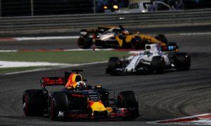 Ricciardo laments strange chain of events