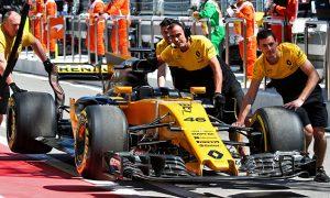 Hulkenberg unworried by Sirotkin's FP1 breakdown
