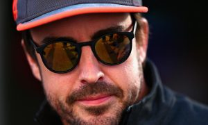 Alonso warns: 'If we get 25 races, I'll retire!'