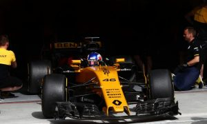 Renault follows suit in Barcelona with upgrade package