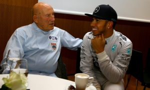 Stirling Moss heads home after 134 days in hospital