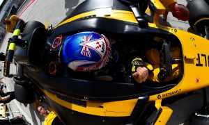 Renault supportive of Palmer's difficulties