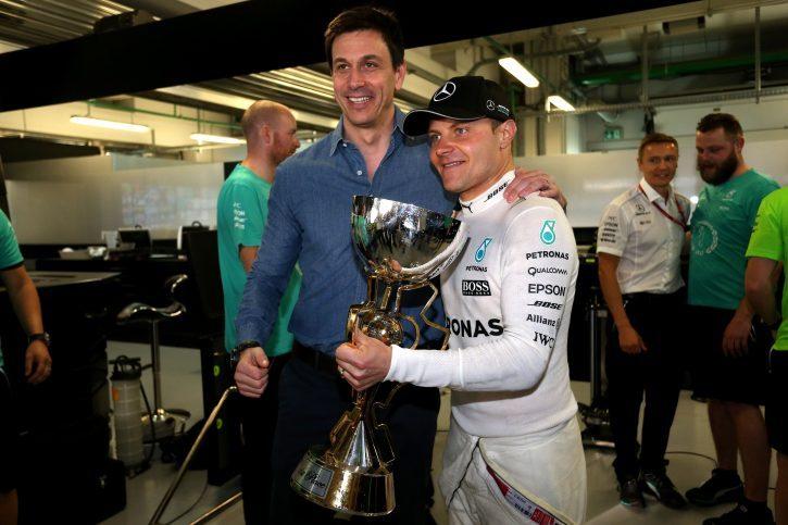 Toto Wolff, Valtteri Bottas, Mercedes, Russian Grand Prix