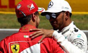 Hamilton won't play with Vettel's mind