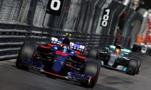 Sainz caps 'perfect weekend' with flawless Sunday drive