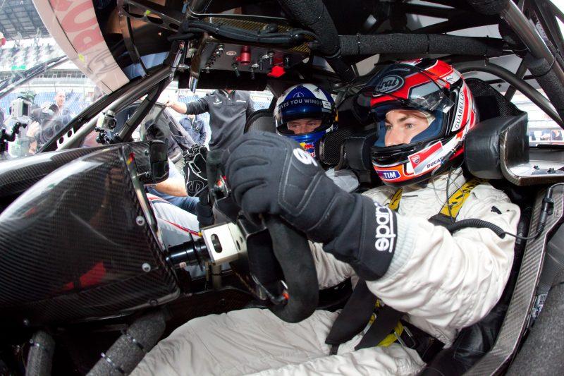 WSBK Great Britain: Bradl to honour Hayden for Red Bull Honda